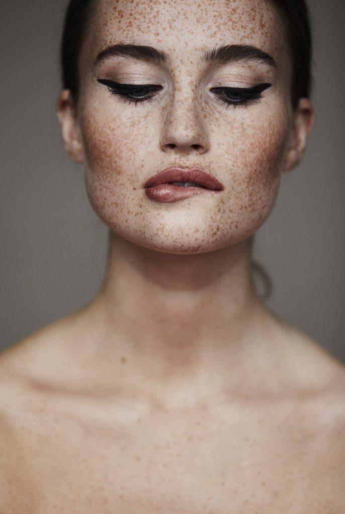 Foto: Lina Arvidsson Modell: Emilia Blick Makeup: Sofia Boman